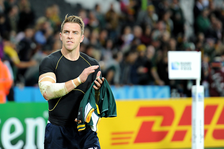 07 October 2015: Chris Wyles of USA thanks fans after Match 31 of the Rugby World Cup 2015 between South Africa and USA - Queen Elizabeth Olympic Park, London, England (Photo by Rob Munro/CSM)
