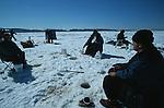 Dès la fin décembre, la population locale prend ses quartiers d'hiver sur le fjord du Saguenay pour s'adonner à la pêche blanche . .Quebec Canada