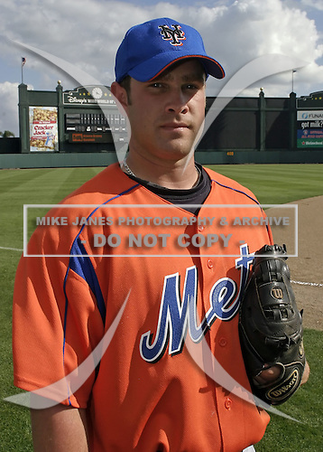 March 27, 2004:  Pitcher Tim Lavigne of the New York Mets organization during Spring Training at Tradition Field in St. Lucie, FL.  Photo by:  Mike Janes/Four Seam Images