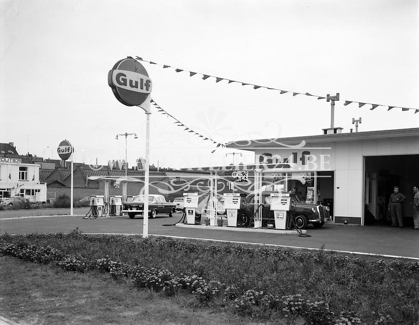 GULF benzine. Wordt in Belgie? verdeeld door Demarol.