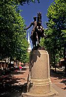 AJ4436, Boston, Paul Revere, Massachusetts, North End, The equestrian statue of Paul Revere at the Paul Revere Mall (park) in Boston in the state of Massachusetts.