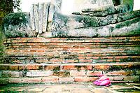 sukhothai, thailand, asia, historical, landmark, travel, tourism, stuctures, symbols, religion, worship, spiritual, buddha, buddhist, color, stupa, landscape, buildings, creative, artistic