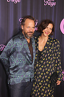 NEW YORK, NY - SEPTEMBER 14: Peter Sarsgaard and Maggie Gyllenhaal at the New York Premiere of The Eyes Of Tammy Faye at the SVA Theatre in New York City on September 14, 2021. Credit: Erik Nielsen/MediaPunch