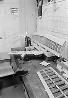 L'École nationale d'aérotechnique du collège Édouard-Montpetit en coir d'installation à l'aéroport, St-Hubert Novembre 1972<br /> <br /> <br /> PHOTO : Agence Quebec Presse -  Alain Renaud