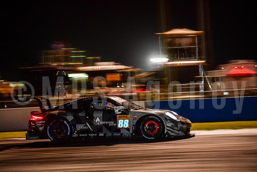 #88 DEMPSEY PROTON RACING (DEU) PORSCHE 911 RSR GTE AM GIANLUCA RODA (ITA) GIORGIO RODA (ITA) MATTEO CAIROLI (ITA)