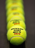 21-12-13,Netherlands, Rotterdam,  Topsportcentrum, Tennis Masters, Dunlop balls<br /> Photo: Henk Koster