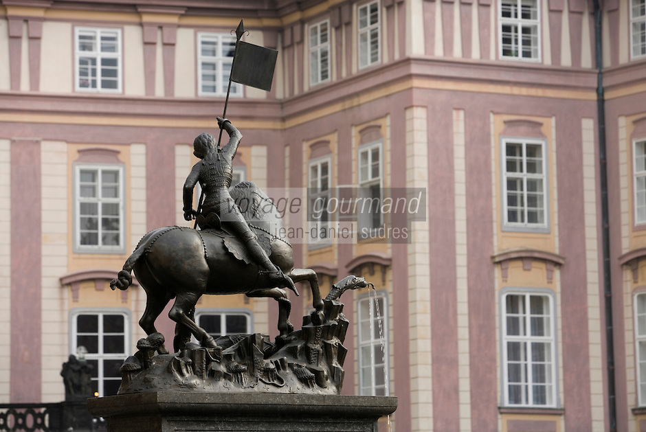 Europe/République Tchèque/Prague:Cathédrale Saint-Guy , Statue de Saint Georges