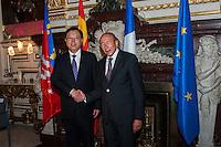 ZHANG DEJIANG & GERARD COLLOMB - VENUE DU NUMERO 3 CHINOIS ZHANG DEJIANG A L'HOTEL DE VILLE LYON