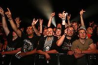 18. With Full Force .Das With Full Force (kurz WFF) ist ein Musikfestival für Metal, Hardcore und Punk. Jährlich findet es am ersten Juliwochenende auf dem Segelflugplatz Roitzschjora bei Löbnitz statt. 2010 waren es  um die  30.000 Besucher. Impressionen des ersten Festivaltags mit zum Beispiel Bring Me The Horizon, Agnostic Front, Bullet for My Valentine und Millencolin. .Im Bild: Die Fans lieben Bullet For My Valentine..Foto: Karoline Maria Keybe