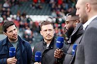Photo: Richard Lane/Richard Lane Photography. Tigers v Wasps. Gallagher Premiership. 02/03/2019. Wasps' Jimmy Gopperth (2nd lt) on BT Sport.