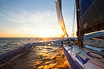 24 hours with French sailor FranÁois Gabart onboard  his 100ft trimaran MACIF designed by the VPLP design team, this 30-metre wide, 21 metre wide boat has been designed for solo sailing. A light boat (14.5 tonnes) with very fine hulls.
