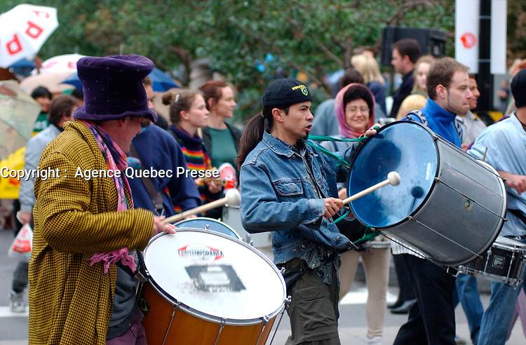 Centraide, sept 2001<br /> <br /> <br /> <br /> PHOTO : <br />  - Agence Quebec Presse<br /> <br /> NOTE : Les ajustements finaux, recadrage et retouche des poussieres seont effectuées sur les images commandées.
