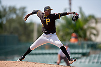 Pittsburgh Pirates pitcher Yerry de los Santos (30) delivers a pitch during a Florida Instructional League game against the Baltimore Orioles on September 22, 2018 at Ed Smith Stadium in Sarasota, Florida.  (Mike Janes/Four Seam Images)
