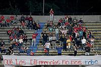 MEDELLIN - COLOMBIA, 17-09-2021: Hinchas del Medellín animan a su equipo durante partido por la fecha 10 entre Deportivo Independiente Medellín y Once Caldas como parte de la Liga BetPlay DIMAYOR II 2021 jugado en el estadio Atanasio Girardot de la ciudad de Medellín. / Fans of Medellin cheer for their team during Match for the date 10 between Deportivo Independiente Medellin and Once Caldas as part of the BetPlay DIMAYOR League II 2021 played at Atanasio Girardot stadium in Medellin city. Photo: VizzorImage / Luis Benavides / Cont