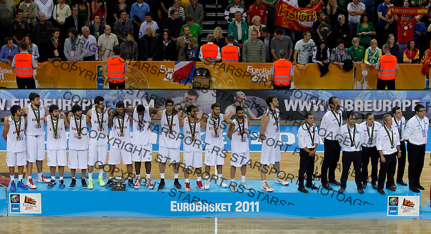 Spanish national basketball team after victory in final Eurobasket 2011 game between Spain and France in Kaunas, Lithuania, Sunday, September 18, 2011. (photo: Pedja Milosavljevic)