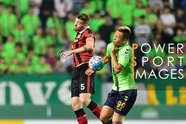 Jeonbuk Hyundai Motors (KOR) vs FC Seoul (KOR) during their AFC Champions League Semi Final match on Wednesday, 28 September  2016, held at  Jeonju World Cup Stadium in Jeonju, South Korea. Photo by Ryu Seung iL / Power Sport Images