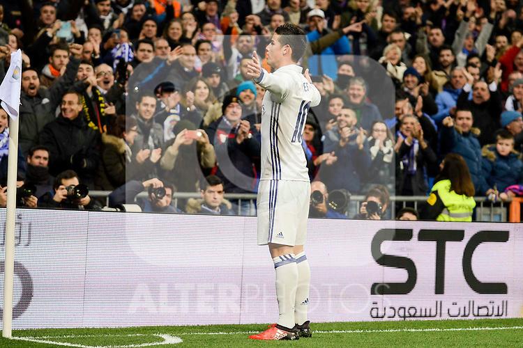 Real Madrid's James Rodriguez during Copa del Rey match between Real Madrid and Sevilla FC at Santiago Bernabeu Stadium in Madrid, Spain. January 04, 2017. (ALTERPHOTOS/BorjaB.Hojas)