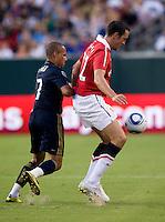 John O'Shea, Fred. Manchester United defeated Philadelphia Union, 1-0.