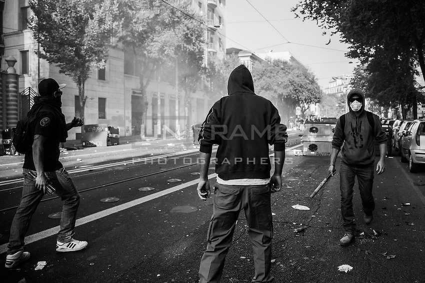 Rioters seen during the urban guerilla. Rome, Italy. 15/10/2011