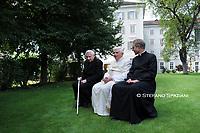 Retired Pope Benedict leaves Vatican to visit ailing brother in Germany<br /> Jun 18, 2020<br /> <br /> <br /> Papa Benedetto XVI  passeggia con il fratelllo georg nei giardini del seminario maggiorre di bressanone ,nord Italia, dove trasorre le sue vacanze.<br /> 31 luglio 2008<br /> photo OR/Vatican pool / Spaziani