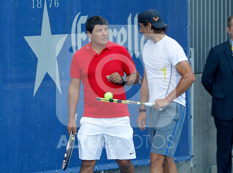Rafael Nadal in training session with his coach Toni Nadal during Madrid Open Tennis 2012 Match.May, 9, 2012(ALTERPHOTOS/ALFAQUI/Acero)