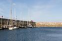 Roscoff - Bretagna, 27 agosto 2020.  In porto a Roscoff, davanti all'ormeggio del Supertramp, ben tre dei  sei Pen Duick appartenuti a Eric Tabarly o costruiti per lui. Il Pen Duick, il primo della stirpe, un meraviglioso cutter aurico disegnato da William Fife III. Tabarly ha perso la vita in mare mentre navigava su questa barca, diretta in Scozia per partecipare alla Fife Regatta. Il Pen Duick II, con cui il navigatore bretone vinse la Ostar, transatlantica in solitario nel 1964. E infine il Pen Duick V, che avevo già visto anni fa a Stintino, con cui partecipò e vinse, nel 1969, la transpacifica, sempre in solitario, tra San Francisco e Tokyo.