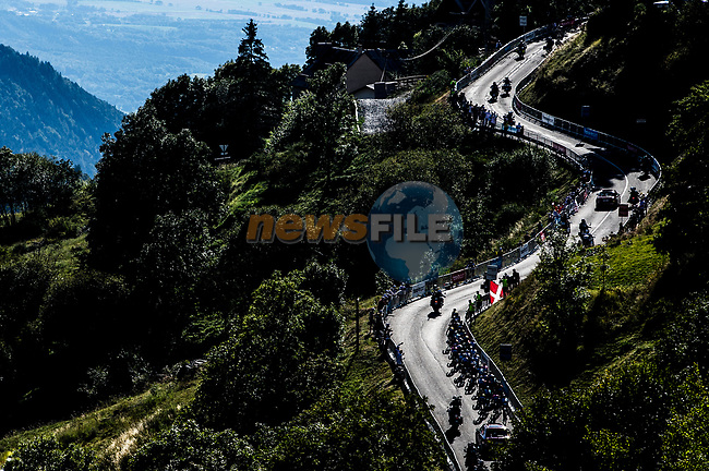 The peloton in action during Stage 4 of Tour de France 2020, running 160.5km from Sisteron to Orcieres-Merlette, France. 1st September 2020.<br /> Picture: ASO/Charly López | Cyclefile<br /> All photos usage must carry mandatory copyright credit (© Cyclefile | ASO/Charly López)