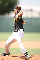 August 15, 2008: Diomedes Garcia (23) of the GCL Pirates. Photo by: Chris Proctor/Four Seam Images
