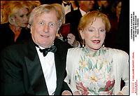 Claude & Catherine Rich aux XVII eme ceremonie des Molieres 2003 au theatre Mogador #