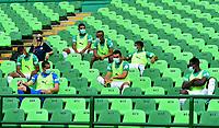 PALMIRA-COLOMBIA, 07-10-2020: Jugadores de Deportivo Cali, durante partido entre Deportivo Cali y La Equidad de la fecha 12 por La Liga BetPlay DIMAYOR 2020-I jugado en el estadio Deportivo Cali (Palmaseca) de la ciudad de Palmira. / Players of Deportivo Cali during a match between Deportivo Cali and La Equidad of the 12th date for the BetPlay DIMAYOR Leguaje 2020-I played at the Deportivo Cali (Palmaseca) stadium in Palmira city. / Photo: VizzorImage / Nelson Rios / Cont.