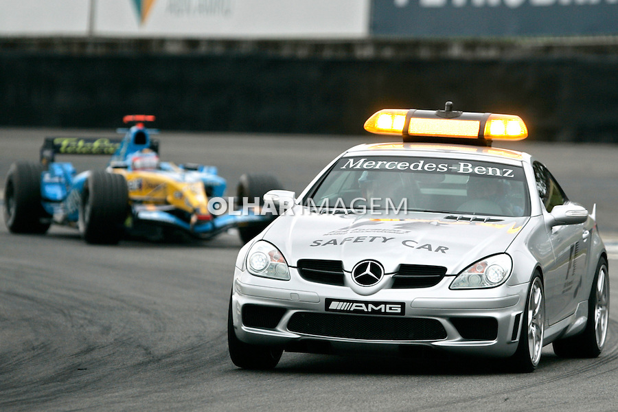Grande prêmio de Formula 1 no autódromo de Interlagos, São Paulo. 2005. Foto de Daniel Augusto Jr.
