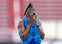 HOUSTON, TX - JUNE 8: Crystal Dunn #19 of the USWNT cools herself off during a training session at the University of Houston on June 8, 2021 in Houston, Texas.