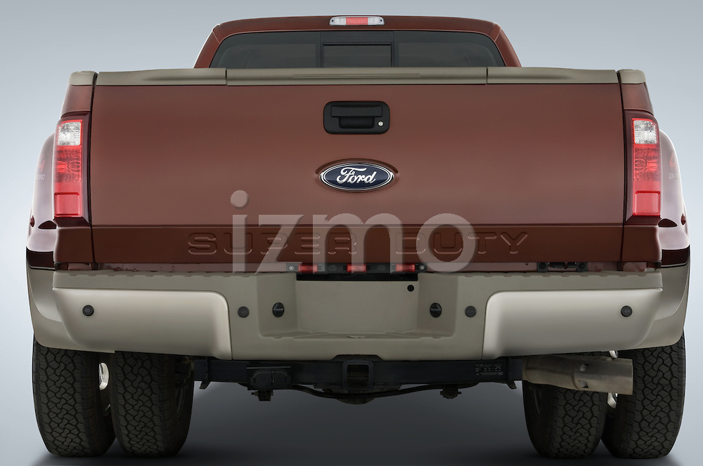 Straight rear view of a 2008 Ford F350 Crew Cab