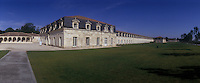 Europe/France/Poitou-Charentes/17/Charente-Maritime/Rochefort : La Corderie Royale achevée en 1670 qui a fournit ses cordages à toute la marine française jusqu'à la Révolution- 373 M de long