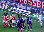 Fussball-Bundesliga - Saison 2020/2021<br /> Opel-Arena Mainz - 03.05.2021<br /> 1. FSV Mainz 05 (mz) - Hertha BSC Berlin (b)<br /> Lucas TOUSART (Hertha BSC Berlin) verletzte sich beim 0:1, die Betreuer werden gerufen<br /> <br /> Foto © PIX-Sportfotos *** Foto ist honorarpflichtig! *** Auf Anfrage in hoeherer Qualitaet/Aufloesung. Belegexemplar erbeten. Veroeffentlichung ausschliesslich fuer journalistisch-publizistische Zwecke. For editorial use only. DFL regulations prohibit any use of photographs as image sequences and/or quasi-video.