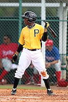 Pittsburgh Pirates shortstop Gift Ngoepe #39 during an Instructional League game against the Philadelphia Phillies at Pirate City on October 11, 2011 in Bradenton, Florida.  (Mike Janes/Four Seam Images)