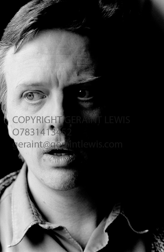 Phillip Franks, English Actor and Theatre Director at The Greenwich Theatre Reheasal Rooms in 1995. CREDIT Geraint Lewis