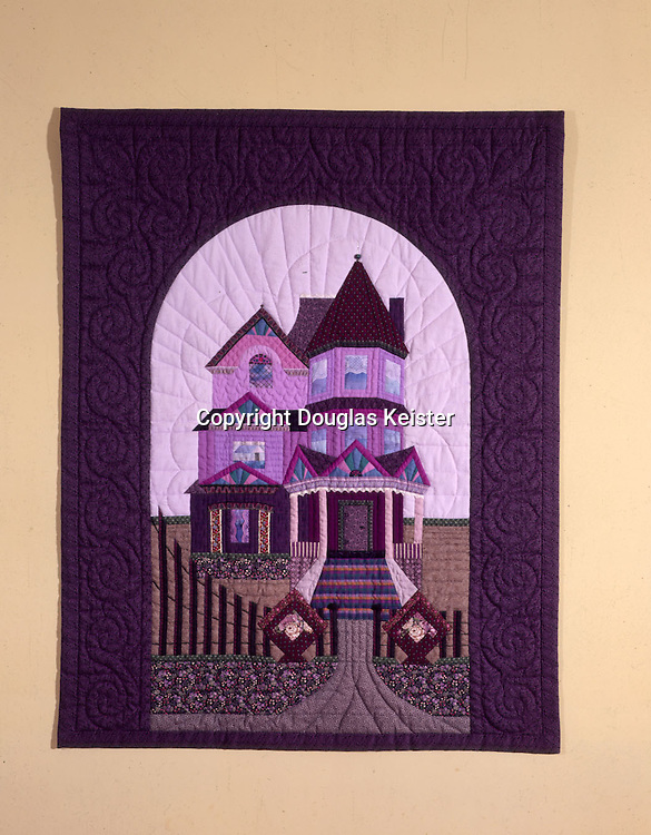 """""""Remember the House on the Hill"""".Quilt by Jan Stehlick"""