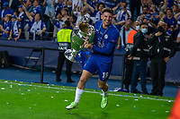 Mason Mount of Chelsea celebrates after winning the UEFA Champions League Final match between Manchester City and Chelsea at The Estdio do Drago, Porto, Portugal on 29 May 2021. PUBLICATIONxNOTxINxUK Copyright: xAndyxRowlandx PMI-4238-0231<br /> Oporto 29/05/2021 <br /> Champions League Final <br /> Manchester City Vs Chelsea <br /> Photo Imago/Insidefoto <br /> ITALY ONLY