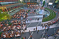 Sony  Center em Berlin. Alemanha. 2011. Foto de Juca Martins.