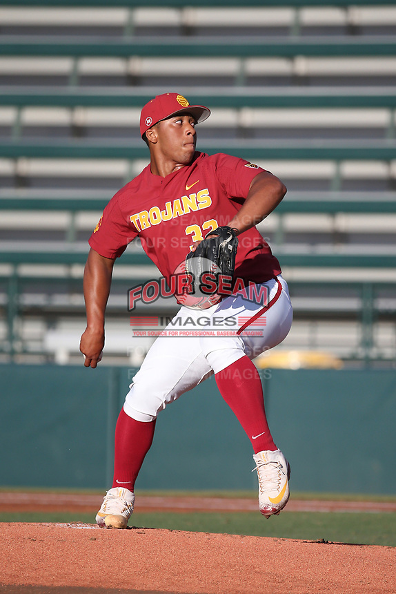 Solomon Bates (32) of the Southern California Trojans pitches against the UC Irvine Anteaters at Dedeaux Field on April 18, 2017 in Los Angeles, California. UC Irvine defeated Southern California, 14-3. (Larry Goren/Four Seam Images)