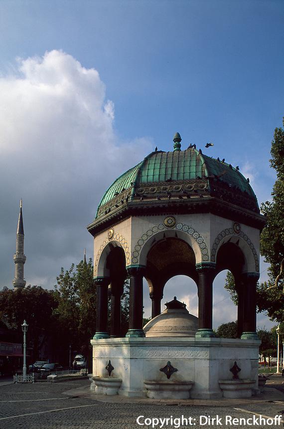 Türkei, Deutscher Brunnen (Alman Cesmesi) in Istanbul, auf dem Platz At Meydani (Hipodrom) im Stadtteil Sultanahmet, 1898 von Wilhelm II geschenkt
