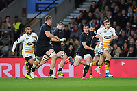 Mike Brown of Harlequins sets up Alex Dombrandt of Harlequins for his try during Big Game 11, the Gallagher Premiership Rugby match between Harlequins and Wasps, at Twickenham Stadium on Saturday 29th December 2018 (Photo by Rob Munro/Stewart Communications)