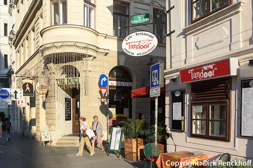 Bar The duke und indisches Restaurant Tandoor im Szeneviertel Quartier Spittelberg, Wien, Österreich, UNESCO-Weltkulturerbe<br /> bar and Indian Restaurant at Quarter Spittelberg, Vienna, Austria, world heritage