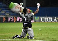 MONTERIA - COLOMBIA, 24-01-2021: Juan Camilo Chaverra de Atletico Bucaramanga celebra el gol de su equipo a Jaguares de Cordoba F.C., durante partido entre Jaguares de Cordoba F. C. y Atletico Bucaramanga de la fecha 2 por la Liga BetPlay DIMAYOR I 2021, en el estadio Jaraguay de Monteria de la ciudad de Monteria. / Juan Camilo Chaverra of Atletico Bucaramanga celebrates a scored goal of his team to Jaguares de Cordoba F.C., during a match between Jaguares de Cordoba F.C., and Atletico Bucaramanga, of the 2nd date for the BetPlay DIMAYOR I 2021 League at Jaraguay de Monteria Stadium in Monteria city. Photo: VizzorImage / Andres Lopez / Cont.