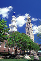 AJ1289, Hartford, insurance, Connecticut, The Travelers Insurance Tower Building and the 1807 Center Church (the fourth meetinghouse) in the capital city of Hartford, Connecticut in the spring. Travelers Tower Building is one of the tallest structures in New England.