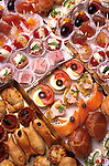 vente de canapes, Paris. *** French canapes, Paris.