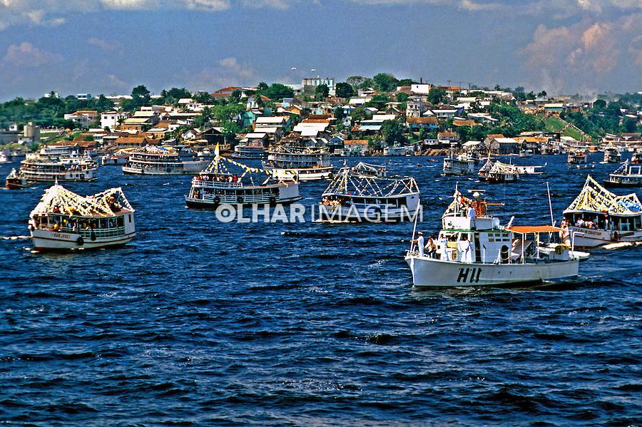 Procissão fluvial, festa dos navegantes, Manaus. Amazonas.1985. Foto de Juca Martins.