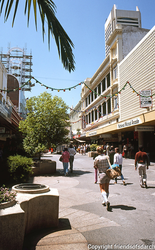 Perth: Hay Street Mall. Photo '82.