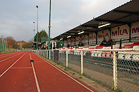 General view of the East Side of the ground - AFC Hornchurch vs Wingate & Finchley - Ryman League Premier Division Football at Hornchurch Stadium, Bridge Avenue, Upminster, Essex - 30/11/13 - MANDATORY CREDIT: Gavin Ellis/TGSPHOTO - Self billing applies where appropriate - 0845 094 6026 - contact@tgsphoto.co.uk - NO UNPAID USE